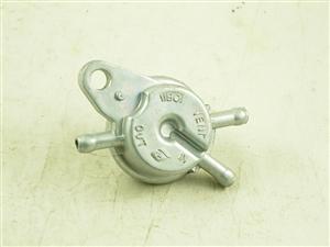 fuel pump valve 11108-a62-10