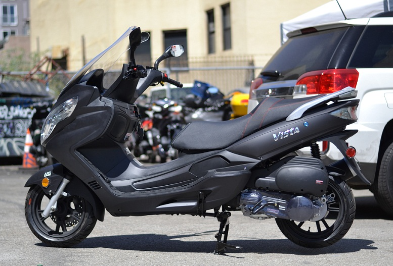 Amigo-Znen-VISTA-150-Scooter