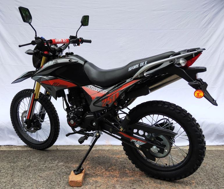 HAWK DLX 250CC DOT BIKE