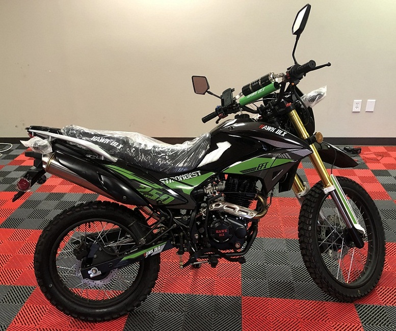 HAWK DLX 250CC DIRT BIKE
